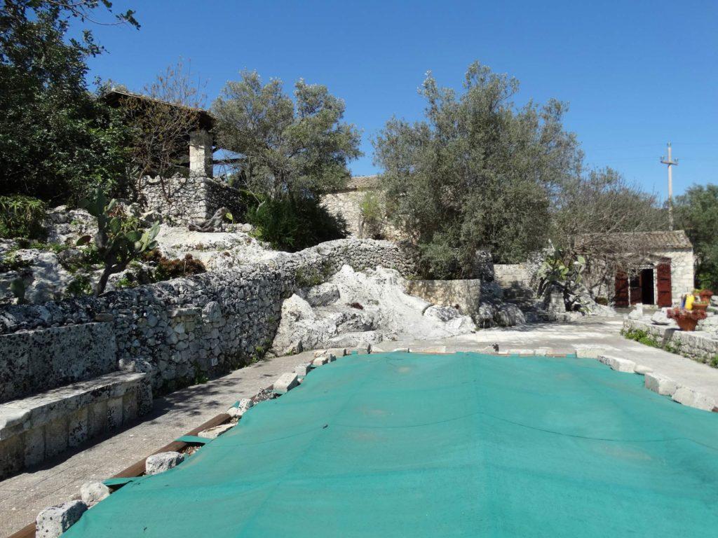 Sicilia case in pietra con piscina in vendita a noto - Residence con piscina in sicilia ...